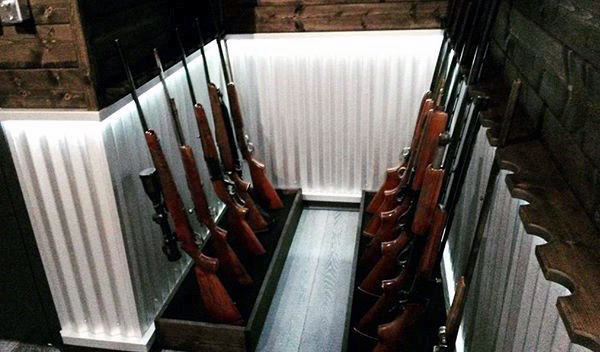 Simple Rifle And Shotgun Basement Gun Room