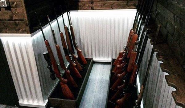 Simple Rifle And Shotgun Basement Gun Room