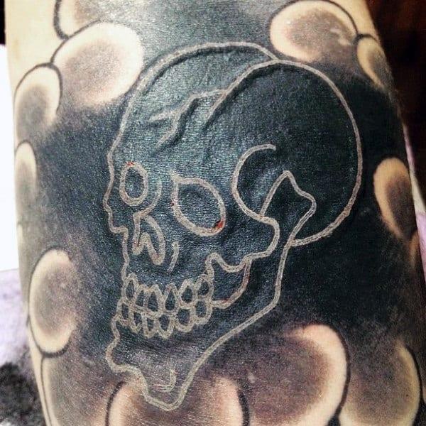 Simple Skull Outline White Ink Mens Tattoo Traditional Japanese