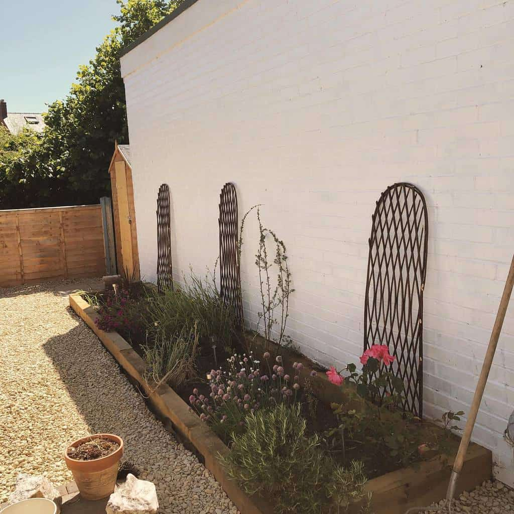 simple small backyard ideas nics_days_off