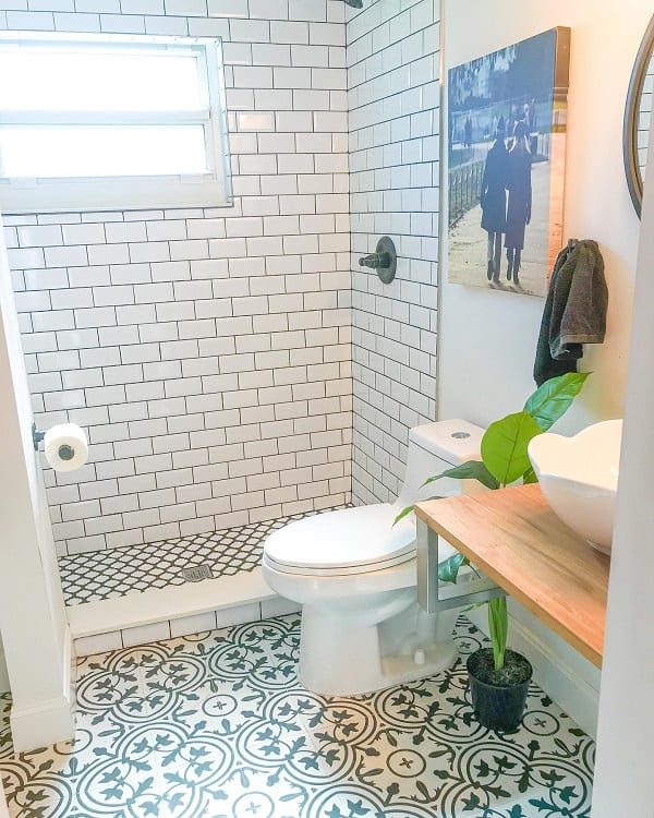 Simple Small Farmhouse Bathroom Anyreasontoparty