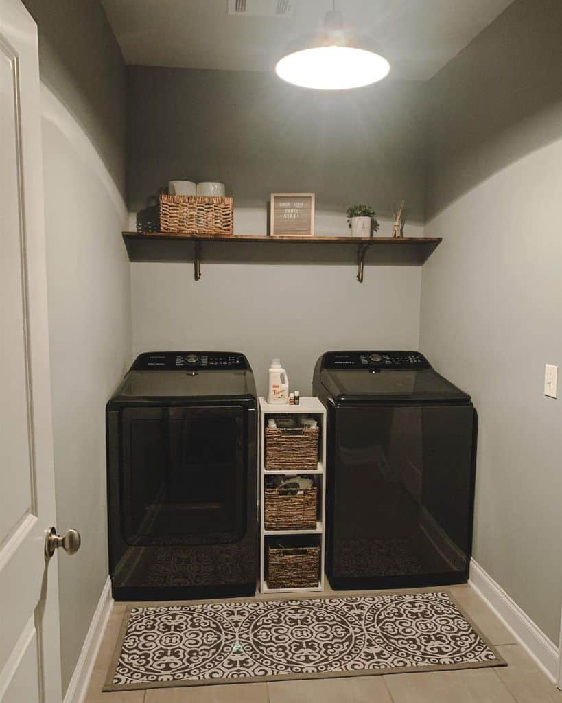Simple Small Laundry Room Julianna Barna
