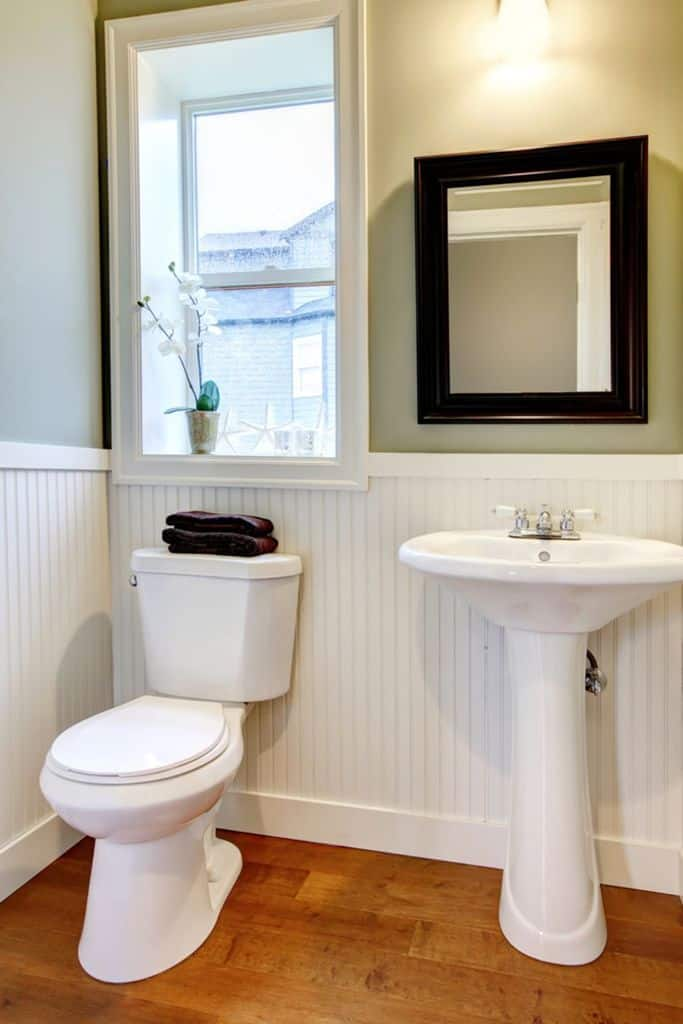Simple Small Powder Room Ideas 5