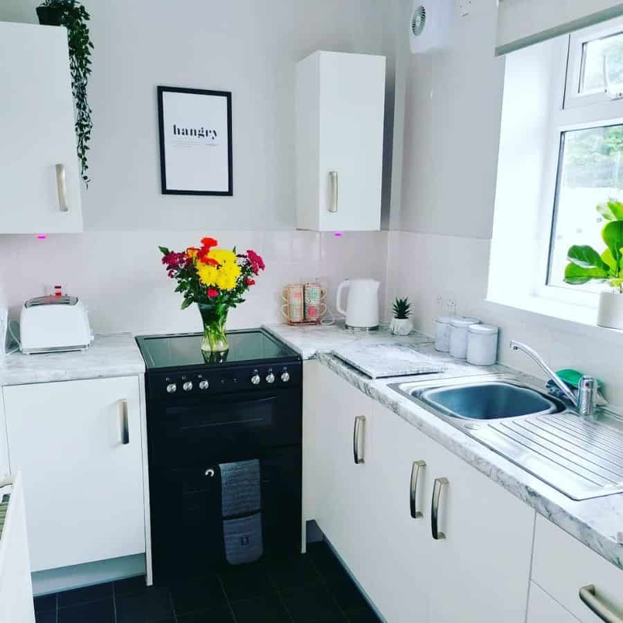 simple tiny kitchen ideas mylovelylittlecouncilhouse