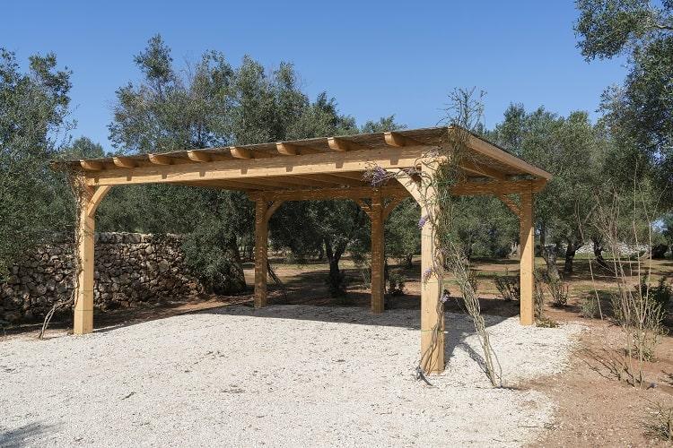 simple-wooden-roof-carport-ideas