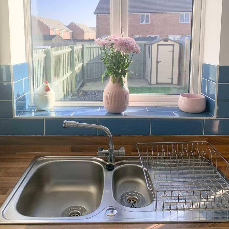 sink kitchen window ideas home_byharriet