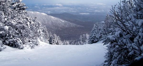 Skiing Mountain