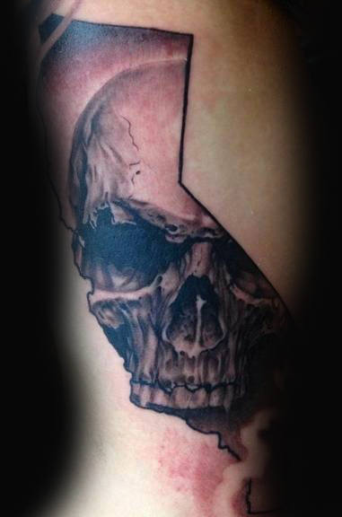Skull California Male Tattoo Ideas