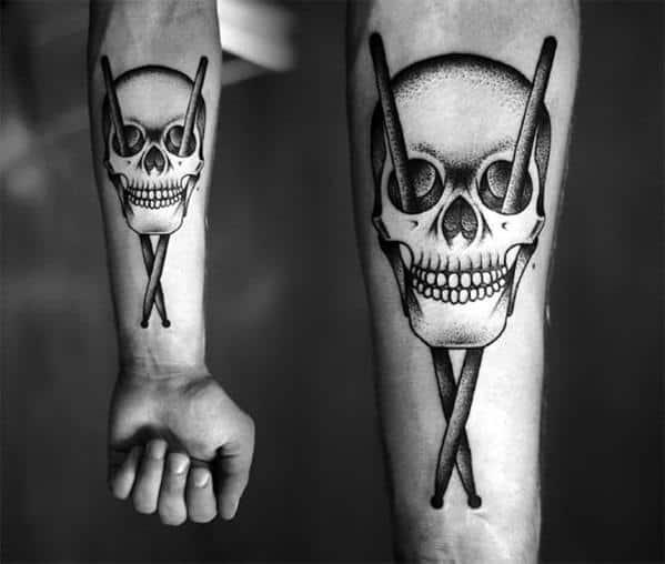 skull-hand-tattoo1