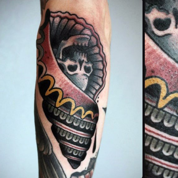 Skull Mens Old School Seashell Tattoo On Forearm