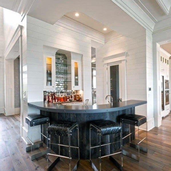 Sleek Crown Molding Ideas