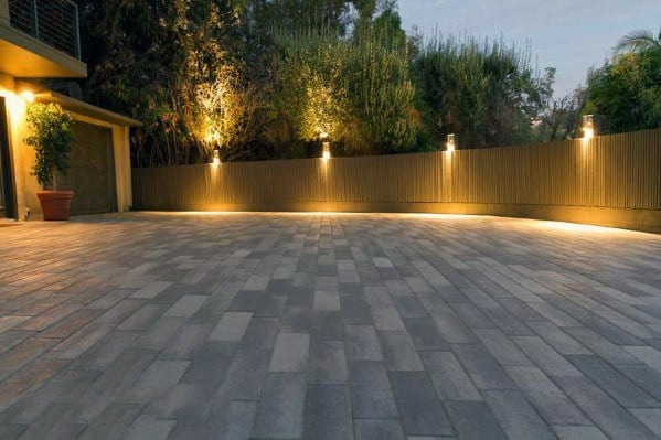 Sleek Driveway Lighting Ideas