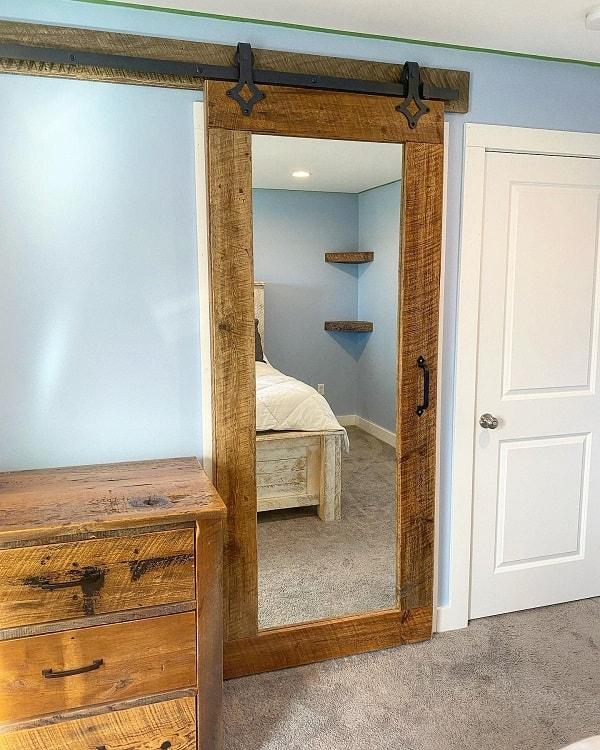 Sliding Mirror Bard Door With Glass