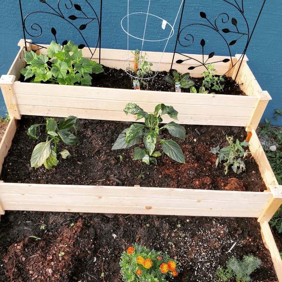 slope garden or multilevel raised bed raised garden bed ideas tanyacampbell8271
