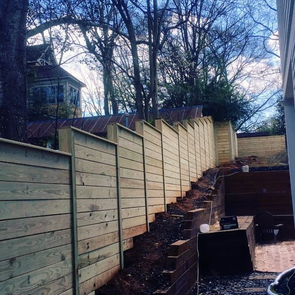 20 Sloped Backyard Design Ideas: Top 70 Best Wooden Fence Ideas