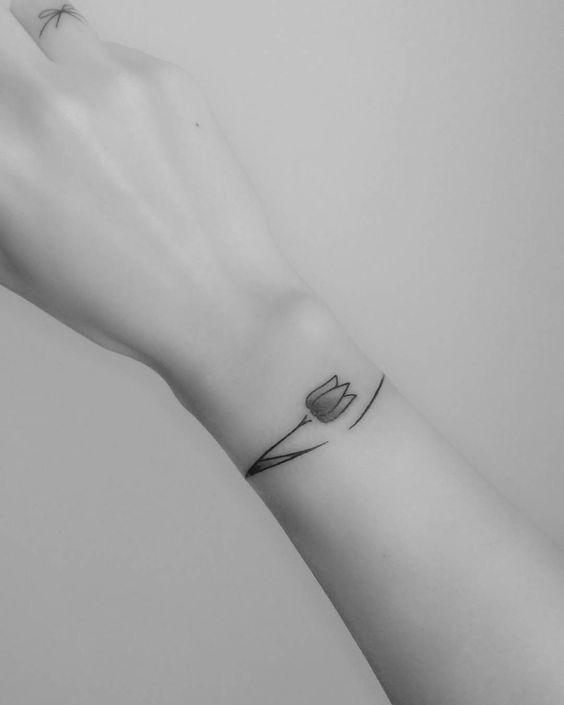 Small Bracelet Tulip Tattoo