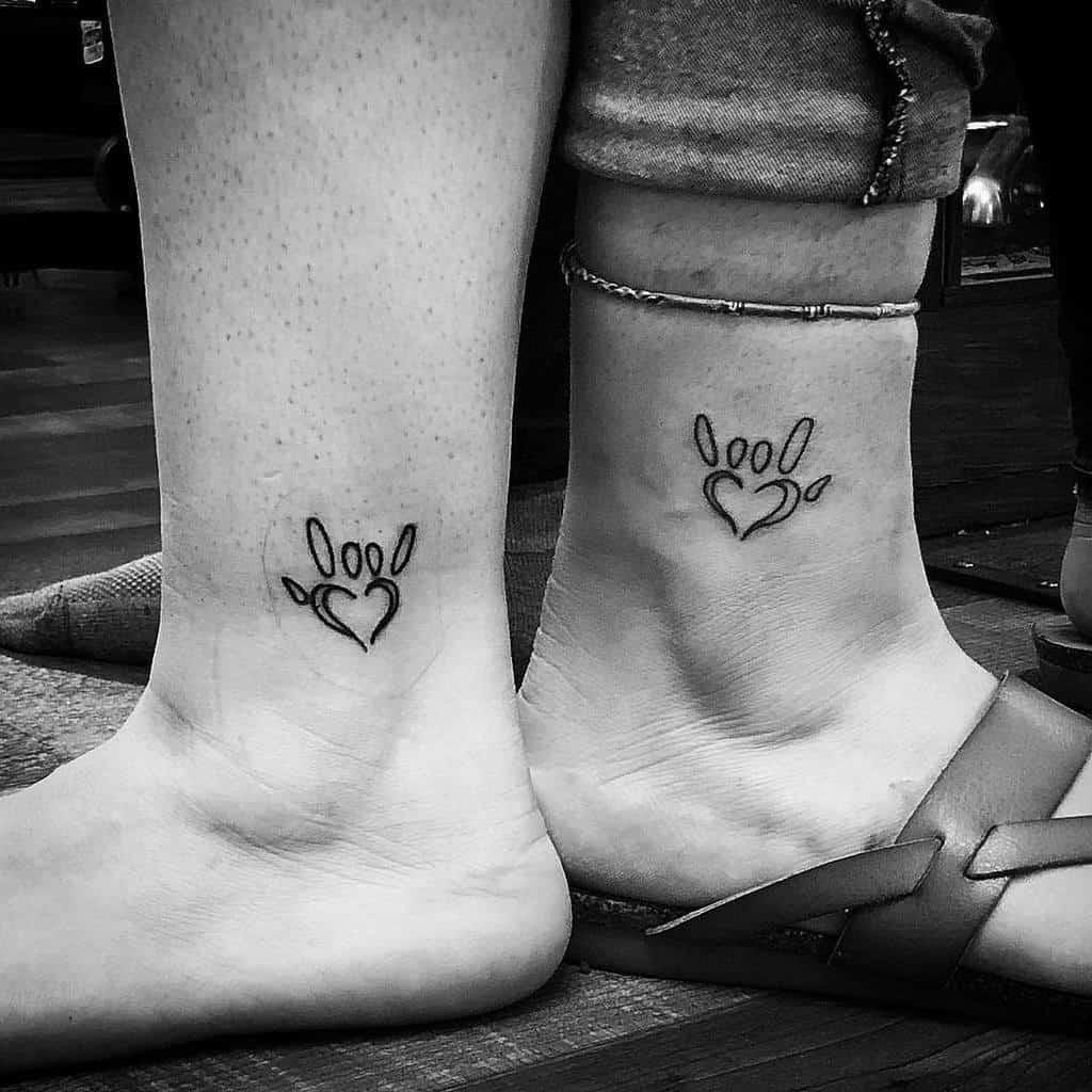 small-crimson-matching-mother-daughter-tattoo-jon_doe_tattoos