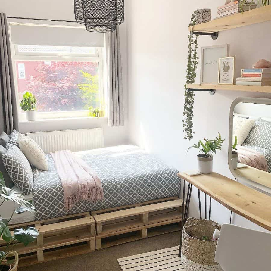 small cute bedroom ideas coletteslittlehome