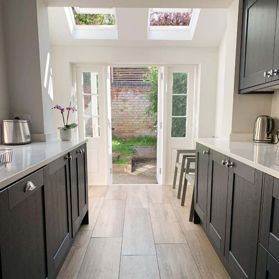 small galley kitchen ideas emandnoahbear