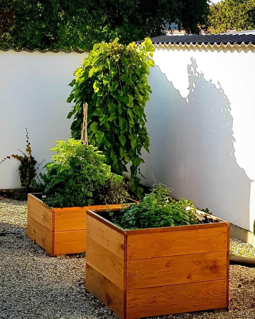 small garden herb garden ideas scandinavian_mediterranean