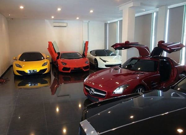 Small Home Dream Garage With Exotics For Guys
