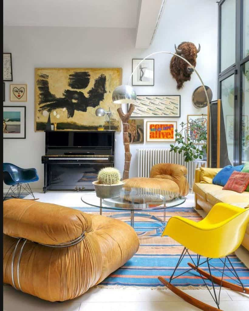 small lounge wall decor ideas for living room the_stylish_eduka8r_1908