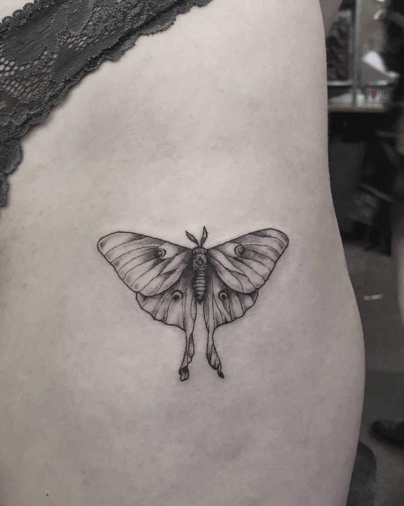 Small Luna Moth Ellewesttattoo