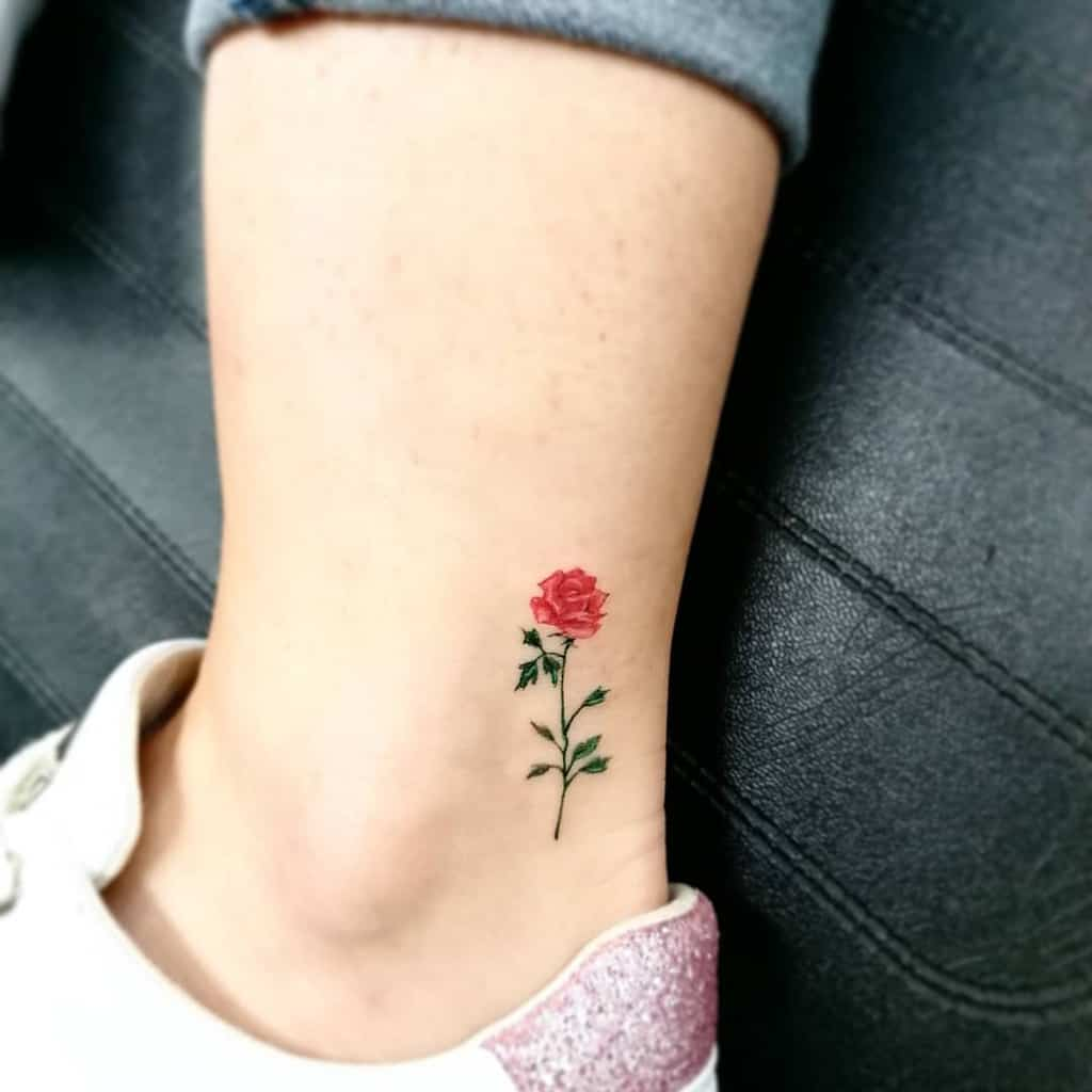 small minimalist red rose tattoos darkweaponstattoo