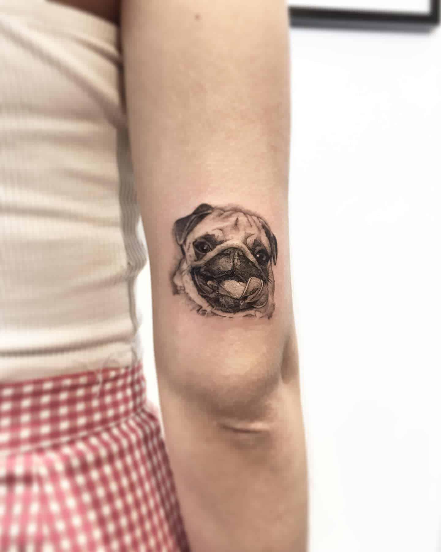 Small Pug Tattoo Eladio.pinto.tattoos