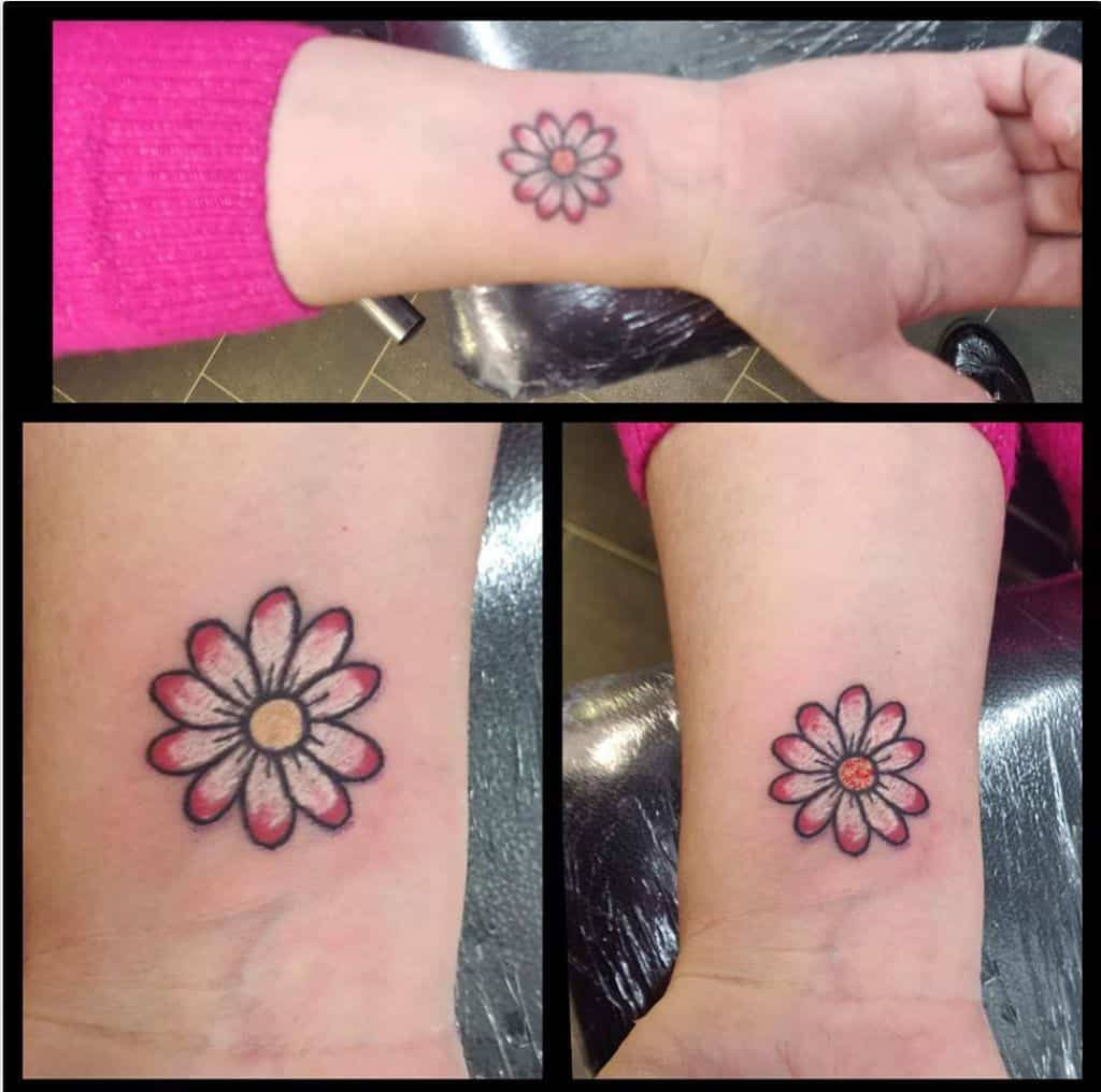 Top 107 Best Daisy Tattoos 2020 Inspiration Guide Next Luxury