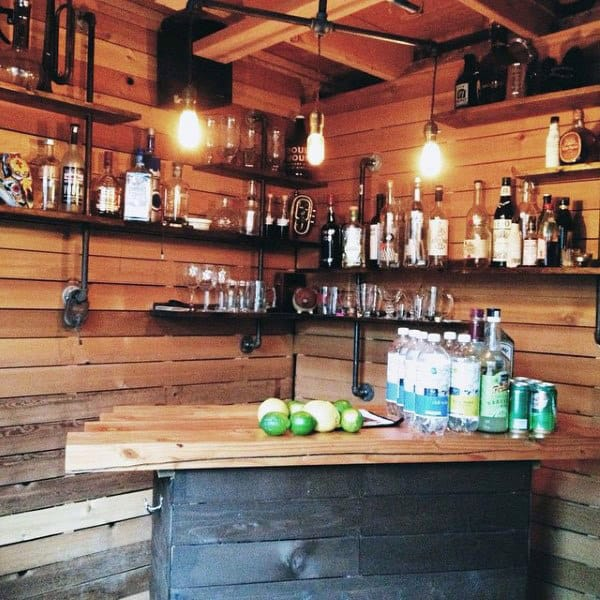 Small Simple Pub Shed Bar Ideas