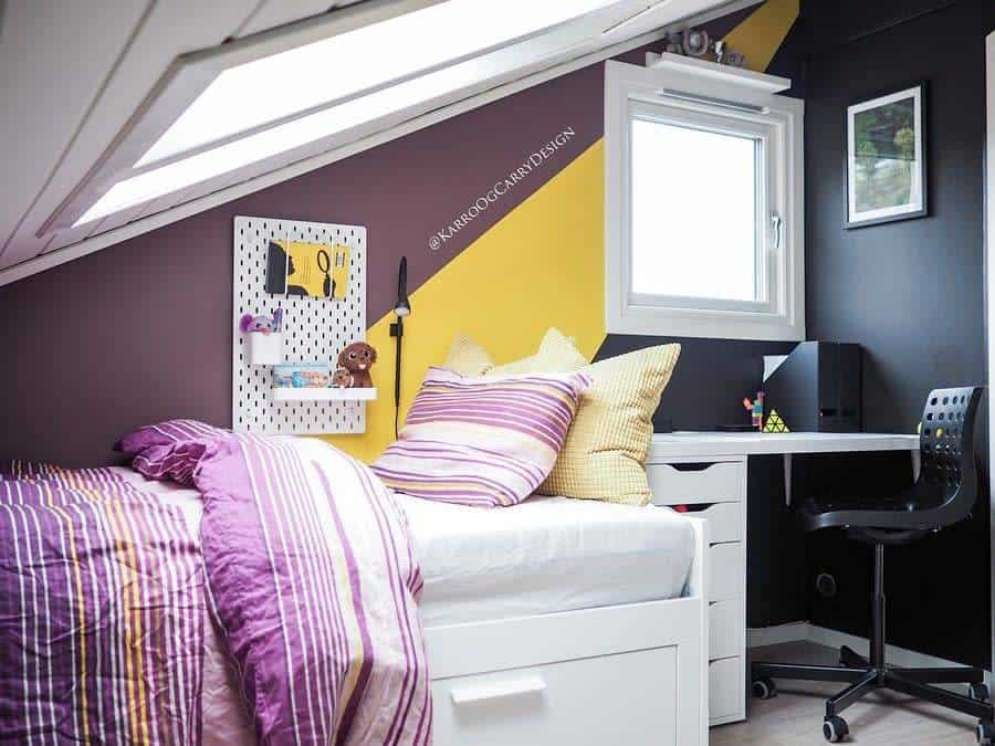 two or multitone bedroom paint ideas