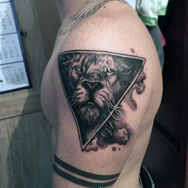 Small Triangle Lions Men's Tattoos
