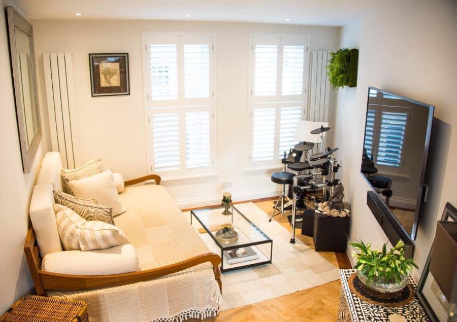 small tv room ideas interiors_by_isha