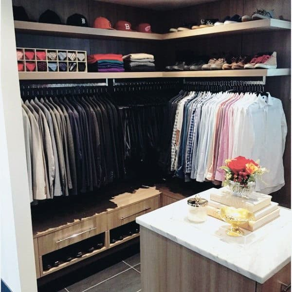 Small Well Organized Mens Closet With Shelves For Hats Ties And Shoes
