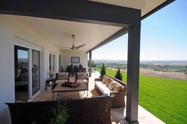 Smooth Modern Luxury Patio Ceiling Ideas