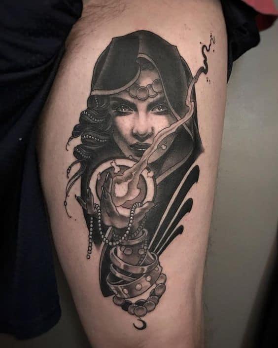 Tatouage Gitane Sorcière