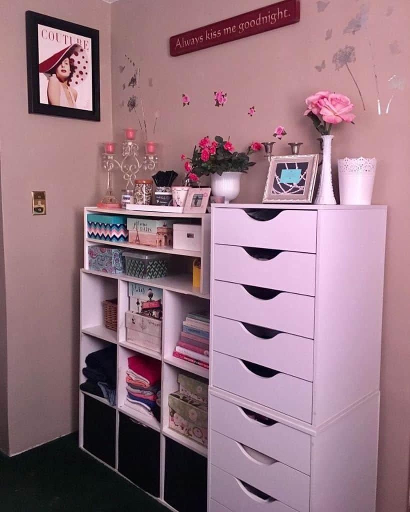 space saving bedroom organization ideas my_vintage_farmhouse