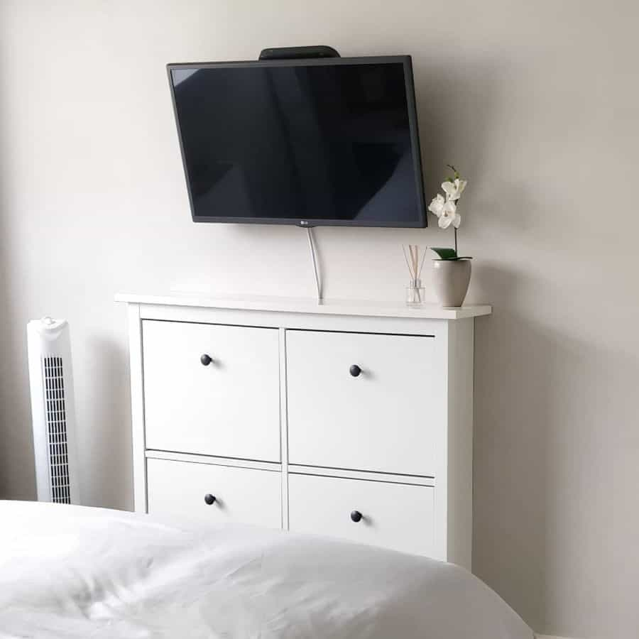 Space Utilisation Bedroom Storage Ideas Thrifty Clair