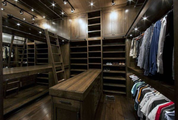 Spacious Dark Brown Wood Traditional Luxury Male Closets