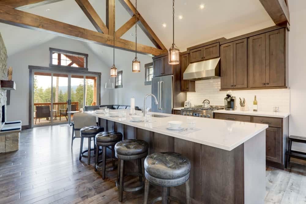 spacious farmhouse kitchen ideas 3