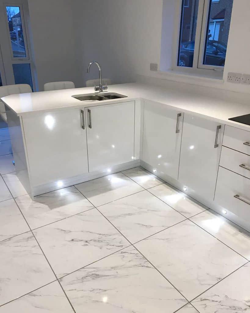 square kitchen tile ideas the_buttercup_home