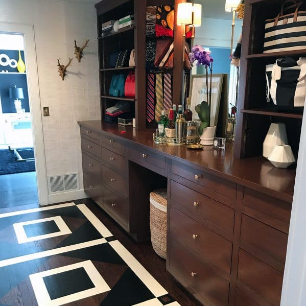 Square Pattern Painted Floor Design Inspiration