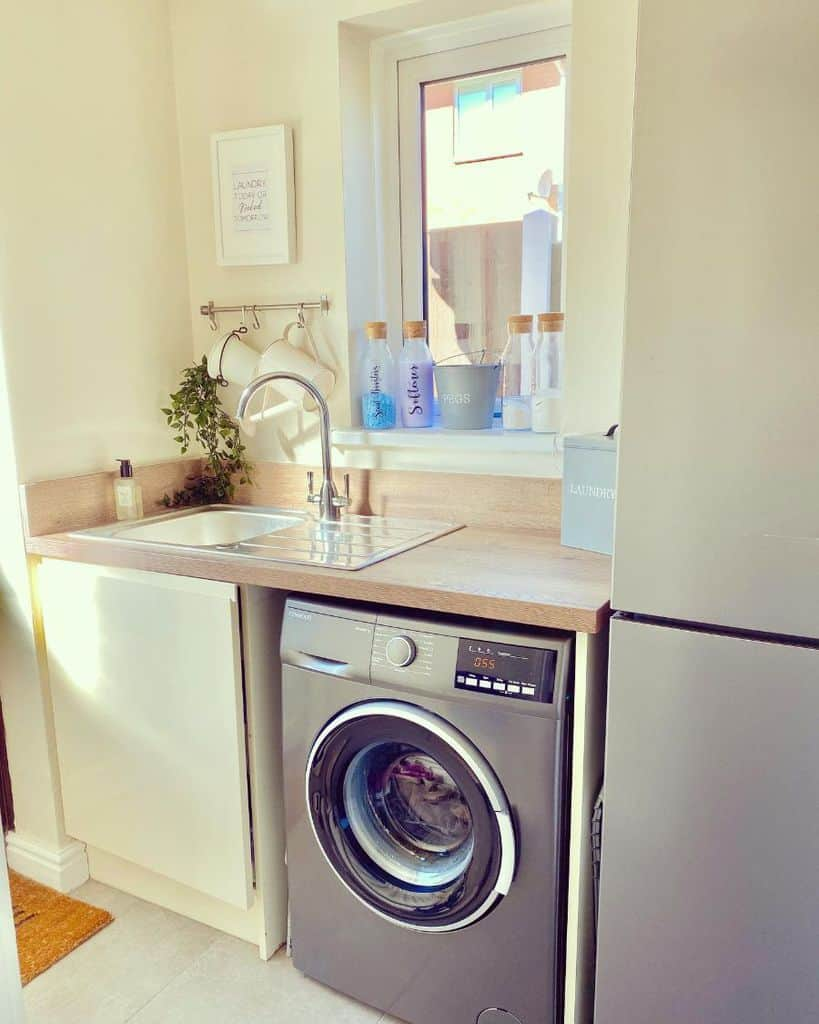 stainless steel laundry room sink ideas number_thirty1