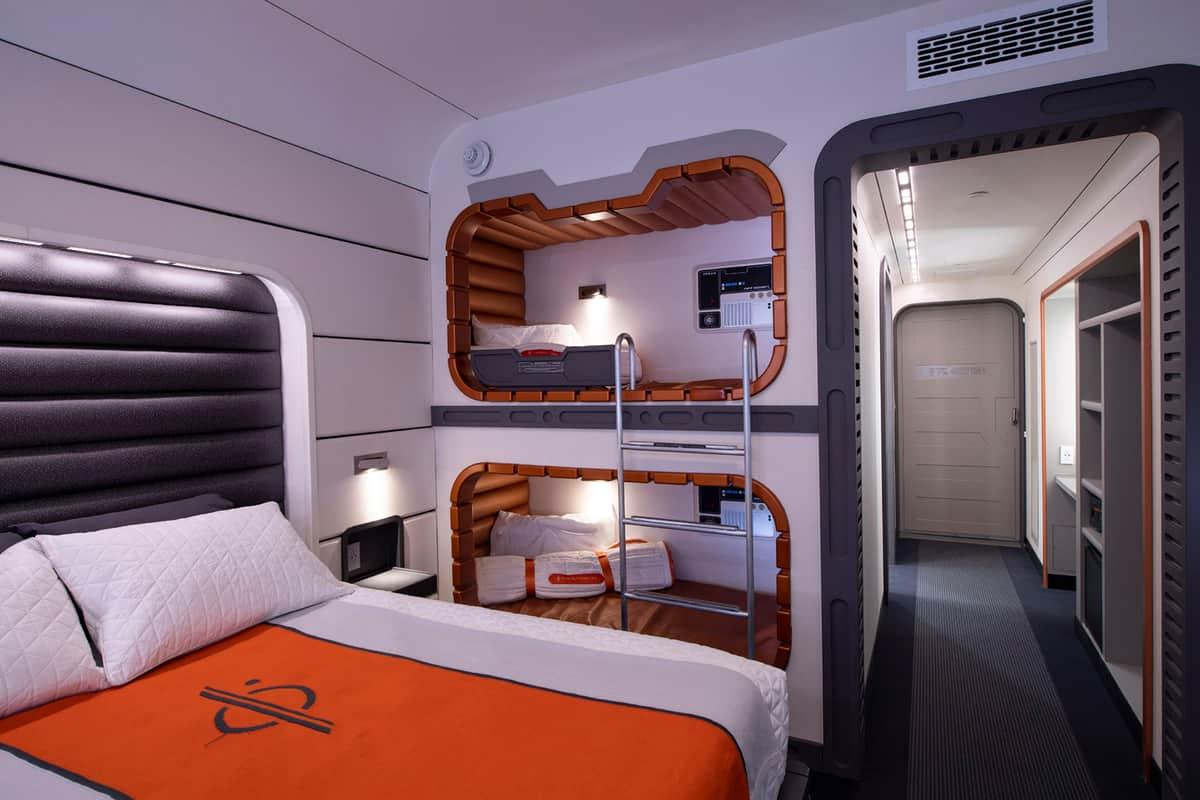 star-wars-starcruiser-hotel-1