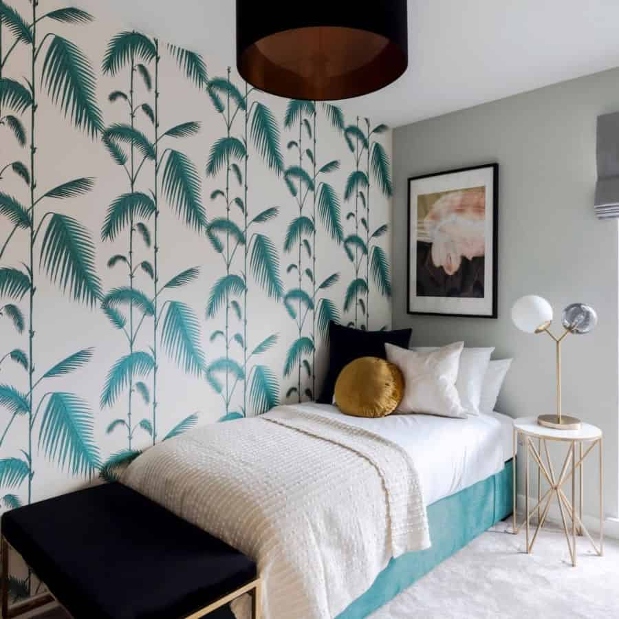 Statement Wall Guest Bedroom Ideas Investalondon
