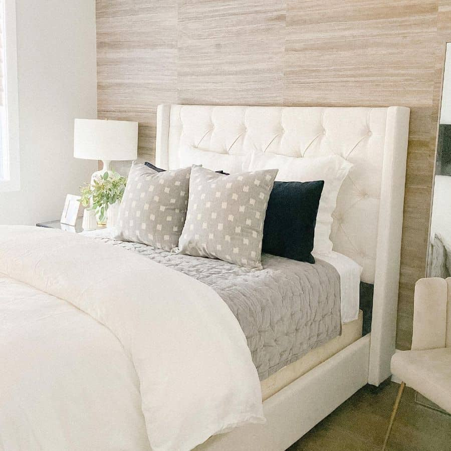 Statement Wall Guest Bedroom Ideas Thesummerlinhome