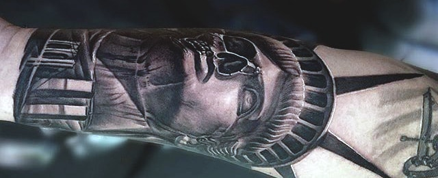 70 Statue Of Liberty Tattoo Designs For Men – A Colossal Neoclassic Sculpture