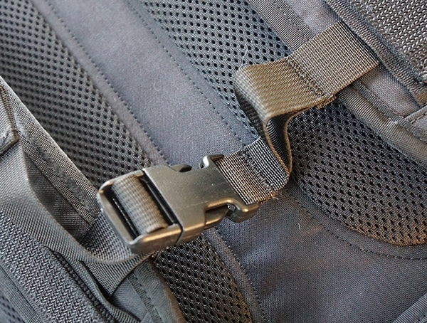 Sternum Strap Mission Workshop The Rhake Backpack