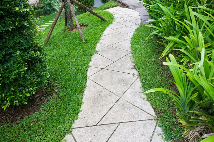 House Front Walkway Ideas